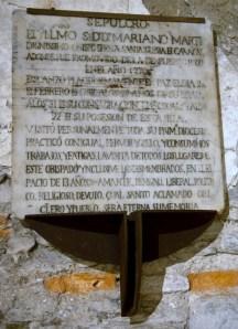 Lápida tumba Mariano Marti